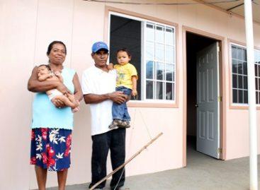 Anuncian nueva estrategia para concluir dos mil 612 viviendas en solo tres meses en la Costa