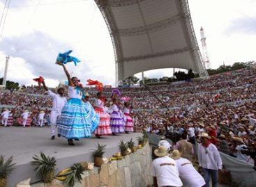 ¡Alegría, folclor, fiesta y tradición en Oaxaca por 80 años de Guelaguetza!