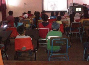 PGJE imparte talleres en Reyes Mantecón para prevenir el delito