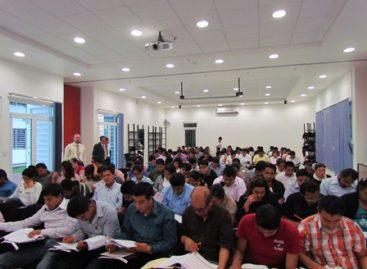 Presentan examen Ceneval cien egresados de la Facultad de Derecho de la UABJO