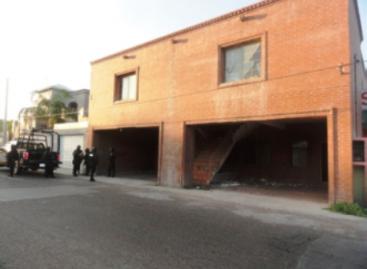 Hallan tres cadáveres y tres toneladas de marihuana en un domicilio de Nuevo Laredo, Tamaulipas, la PF
