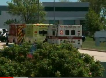 Siete muertos y tres heridos por tiroteo en templo Sij de Wisconsin en EU