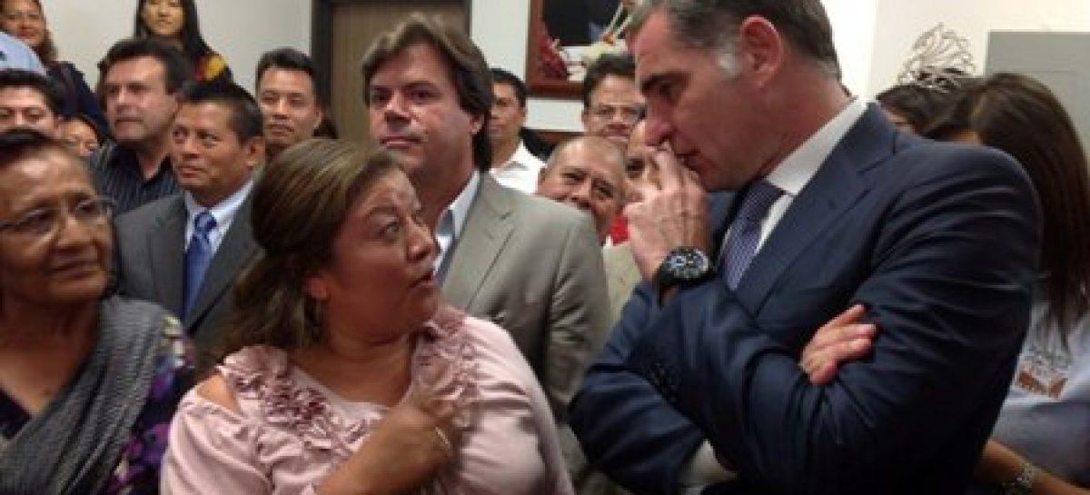 Felicita gobernador de Oaxaca a la nueva dirigencia magisterial de la Sección 22 del SNTE