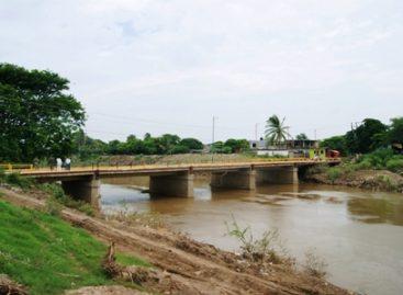 """Licitan desazolve de río """"Los Perros"""", en Juchitán"""