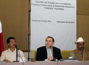 """Impulsan Gobierno de Oaxaca y Fundación """"Puedes"""" infraestructura caminera en la Mixteca"""