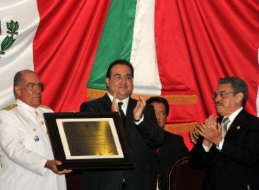 Otorga estado de Veracruz reconocimiento a la Secretaría de Marina-Armada de México