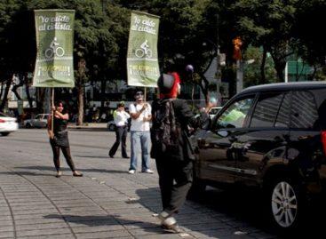 """Presenta Injuvedf campaña """"Yo cuido al ciclista. No atropello sus derechos"""", en el DF"""