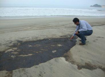 Persiste presencia de hidrocarburos por derrame en playas de Salina Cruz, Oaxaca: PROFEPA
