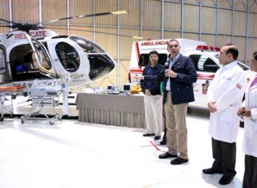 Entregan equipo médico de primer nivel para el Servicio de Ambulancia Aérea, en Oaxaca