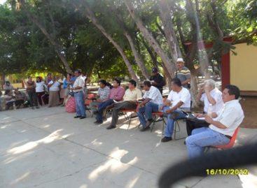 Retiran alumnos y maestros de escuela secundaria técnica bloqueo en La Ventosa, Oaxaca