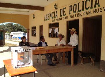 Votan 750 personas por cambio a régimen de partidos políticos en San Andrés Cabecera Nueva, Oaxaca