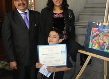 """Obtiene niño oaxaqueño primer lugar nacional en """"Concurso de Dibujo Infantil y Juvenil 2012"""""""