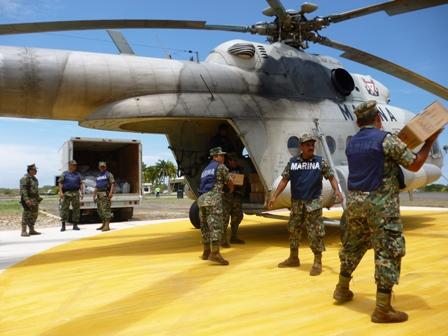 de condecoraciones al Ejército, Fuerza Aérea y Armada de México