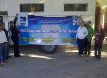 Atiende Unidad Dental de la UABJO a habitantes de Tlacolula de Matamoros, Oaxaca