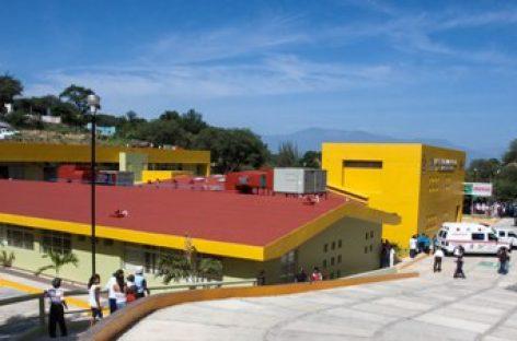 Ejercen en dos años 800 mdp en infraestructura hospitalaria en Oaxaca