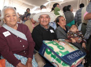 Prosiguen Campaña de Invierno 2012-2013; distribuyen cobijas y comidas calientes en el DF