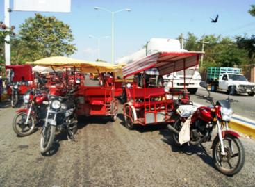 Acuerdan autoridades de Juchitán y gobierno ordenar tráfico vehicular