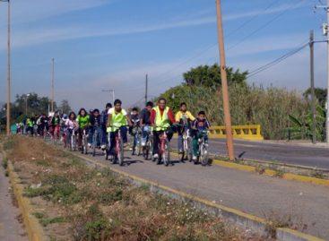Concentra Paseo Dominical Bienestar número 41 a ciegos y débiles visuales, en Oaxaca
