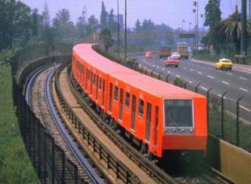 """Realizarán en el DF primera iniciativa Flashmob """"Viaje en Metro sin Pantalones"""" de 2013"""