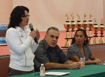 """Entregan """"Paquetes municipales"""" y de """"Alta marginación"""" a 70 Centros del Deporte en Oaxaca"""