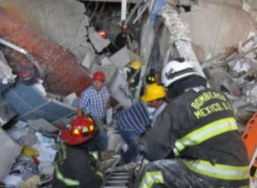 La tragedia en Pemex, por  una explosión de gas