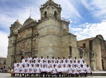 Guerreros de Oaxaca se toma la fotografía oficial previo al arranque de la Temporada de Beisbol 2013
