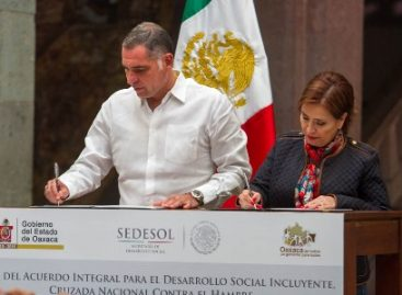 Formalizan Rosario Robles y Gabino Cué la Cruzada Nacional contra el Hambre en Oaxaca