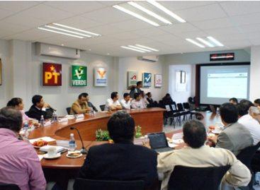 Realizan sorteo de ciudadanos que atenderán casillas en comicios del 7 de julio, en Oaxaca