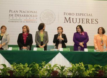 Deben mujeres ser agentes de cambio y de libertades: Robles Berlanga