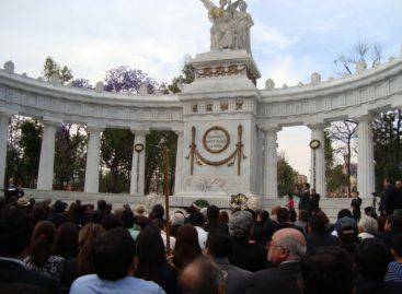 Restauran el homenaje a Juárez en el Hemiciclo