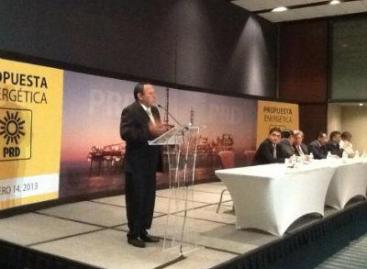 Relanzar  Pemex sin privatizarla:Zambrano