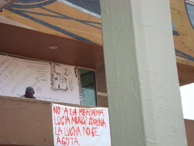 TOMA DE RECTORÍA DE LA UNAM 010
