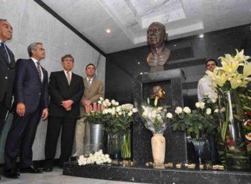Conmemoran 118 aniversario del natalicio del ex Presidente de México, Lázaro Cárdenas del Río