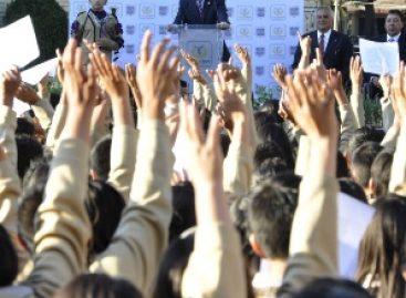 """Se suman escuelas de la Ciudad de México al """"Juramento Ambiental"""""""