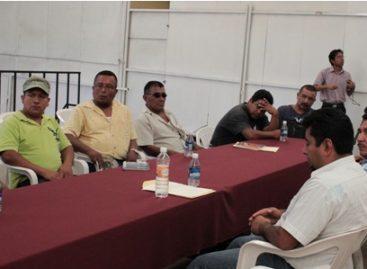 Acuerdan IEEPCO y comunidades de Choápam definir fecha de elección a concejales