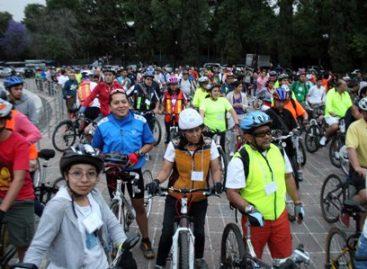 Dedican Ciclotón Familiar de la Ciudad de México a los papás