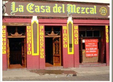 """Acribillan a dos personas en """"La Casa del Mezcal"""" en Oaxaca; detienen a cuatro presuntos agresores"""