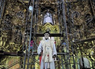 Conjuntan esfuerzos para conservar patrimonio cultural de Oaxaca; restauran San Felipe Neri