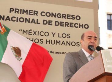 Los gobiernos d?biles utilizan la fuerza, los gobiernos fuertes la tolerancia: Murillo Karam