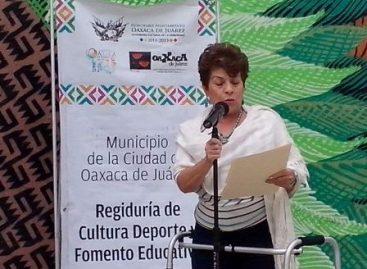 A través de la poesía rememoran historia de la Independencia Nacional, en Oaxaca de Juárez