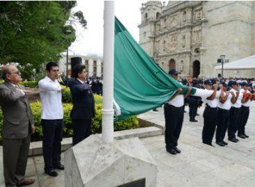 Llama diputado Vargas Betanzos a defender la Independencia con acciones cotidianas
