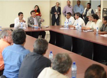 """Expresan transportistas preocupación por presunto """"albazo"""" para aprobar Ley de Transporte en Oaxaca"""