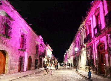 Iluminan Centro Histórico de Oaxaca a favor de la lucha contra el cáncer