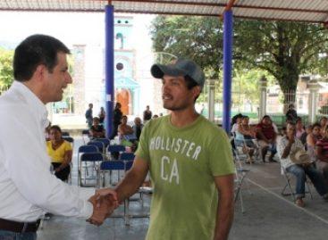 Supervisa SEDESOL entrega de recursos a familias afectadas por lluvias en Oaxaca
