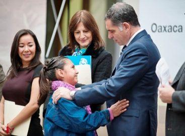 Oaxaca referente nacional en promover identidad a menores de edad