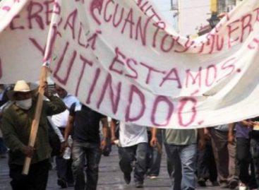 Fuego en Yucutindoo, Oaxaca; atacan vecinos de Amoltepec a unos metros de El Zapote