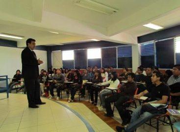 Inicia en completa calma semestre 2014 en la Facultad de Derecho y CS de la UABJO