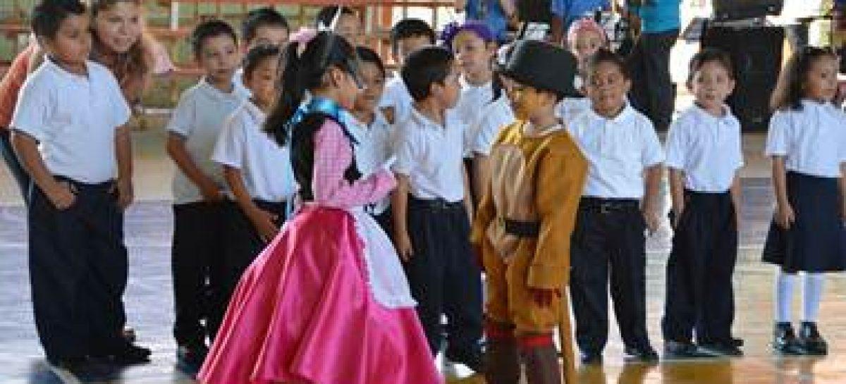 Participan niños del CENDI de Pemex en Salina Cruz en el inicio de la Semana Nacional de Salud 2014