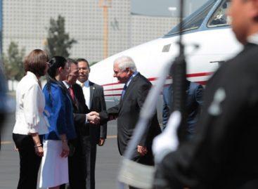 Realiza presidente de Panamá visita oficial a México; se reunirá con su homólogo Enrique Peña