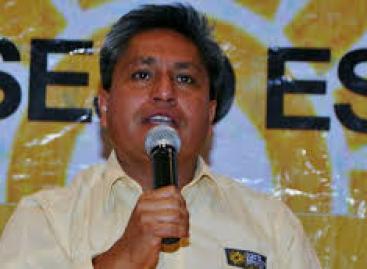 Gabino entregó su gobierno del Cambio al PRI: Rey Morales dirigente en Oaxaca del PRD